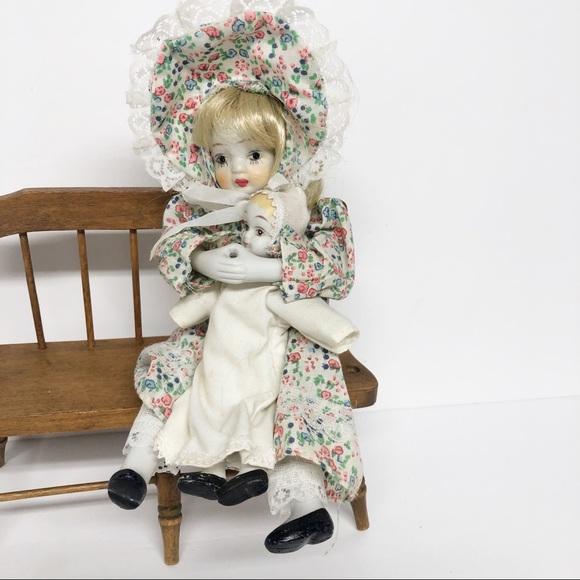 """Vintage 8"""" Porcelain Doll Holding Baby"""